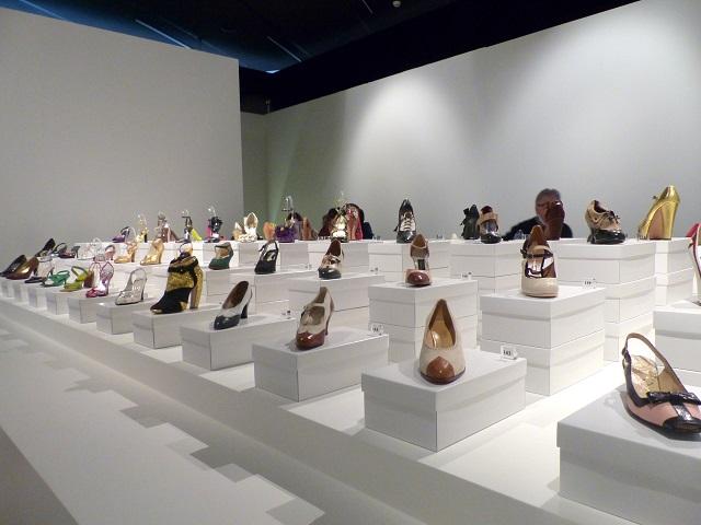 schoenententoonstelling kunsthal