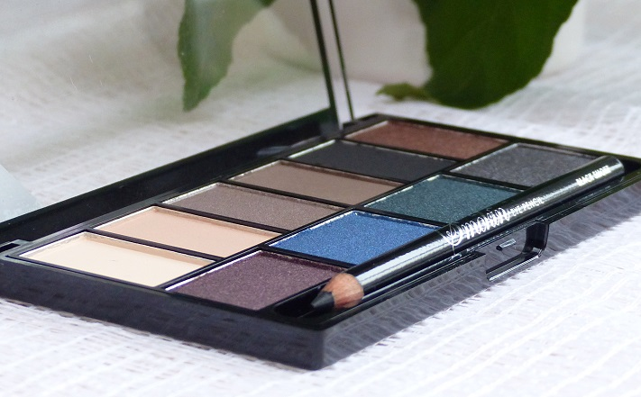 MUA smokin palette review