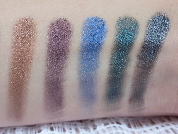 smokin MUA Eyeshadow palette swatches