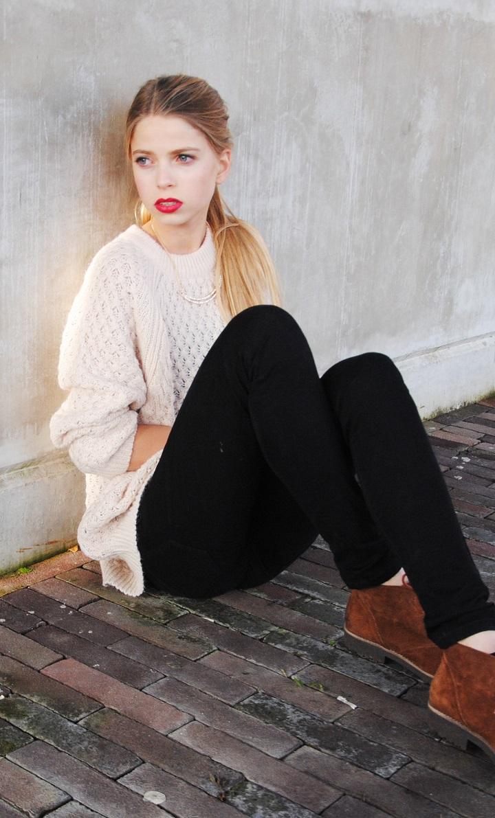 OOTD oversized sweater