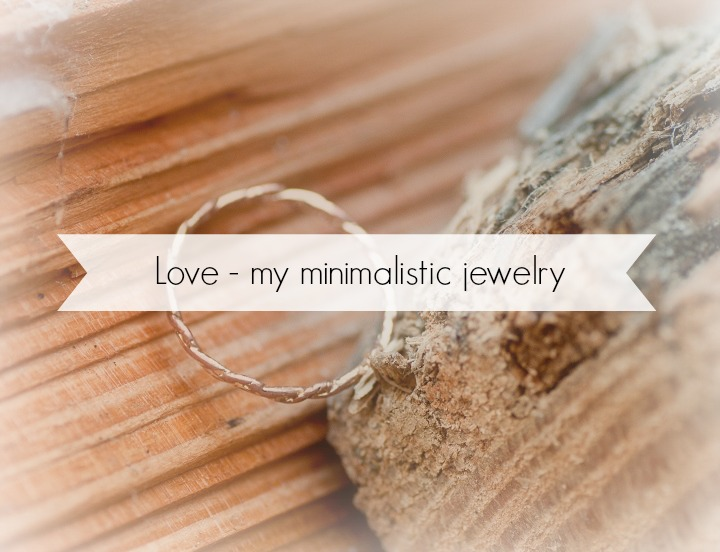 minimalistic jewelry