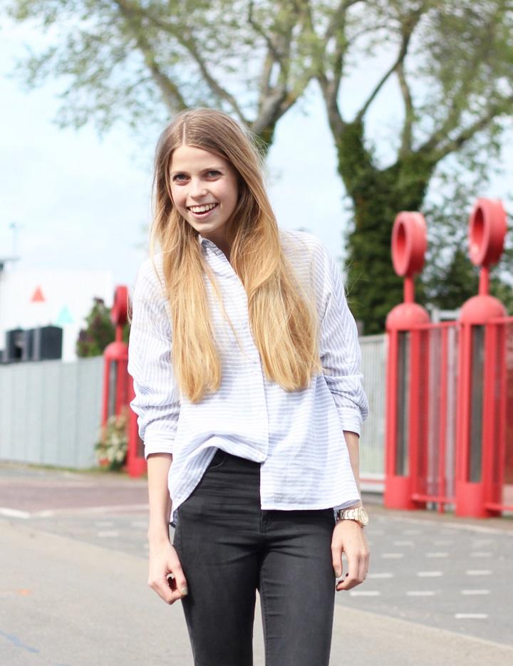 minimalistic blouse