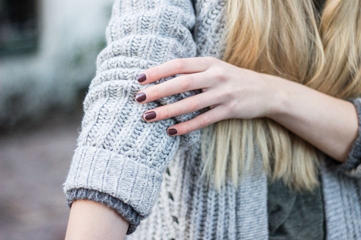 bruine nagellak