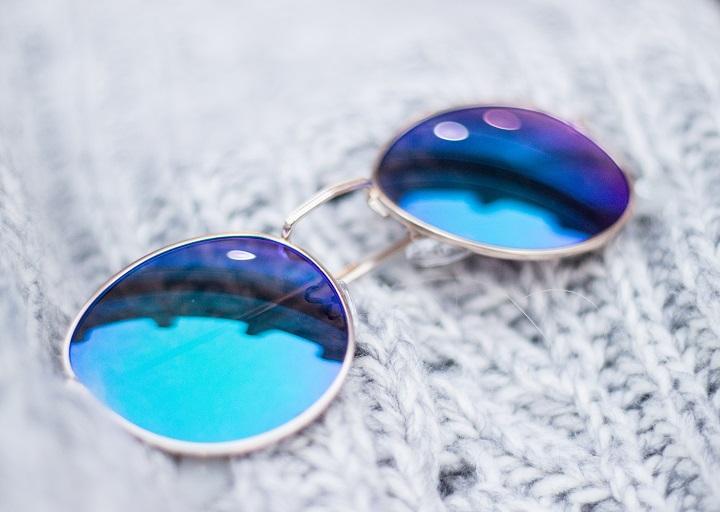 zonnebril spiegel