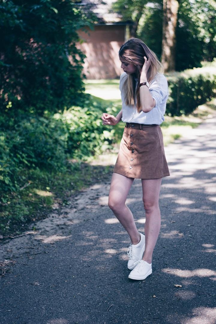 button skirt combineren