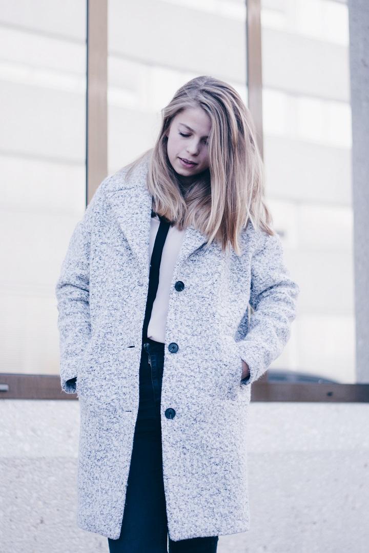 grijze-winterjas-mantel