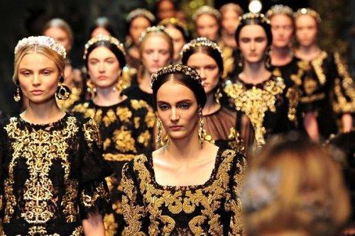 Dolce and gabbana barok fashion show fw 2013