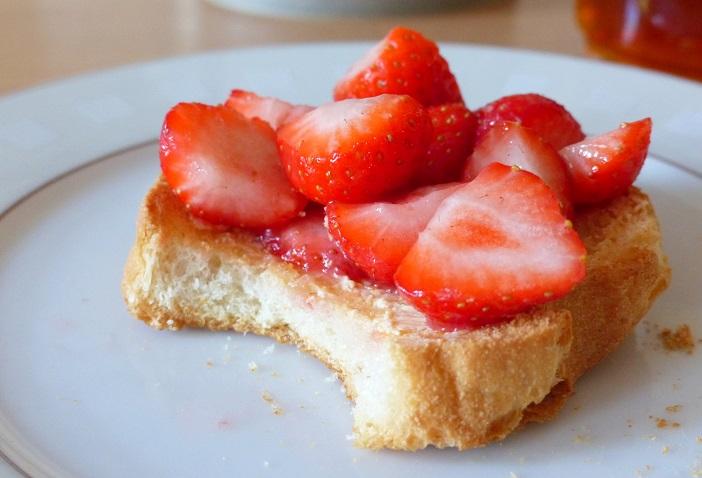 zondag beschuitje aardbeien