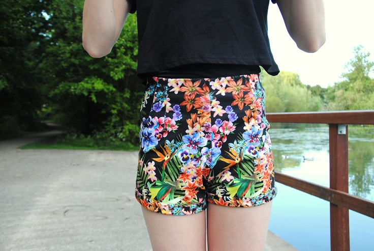 floral shortje outfit