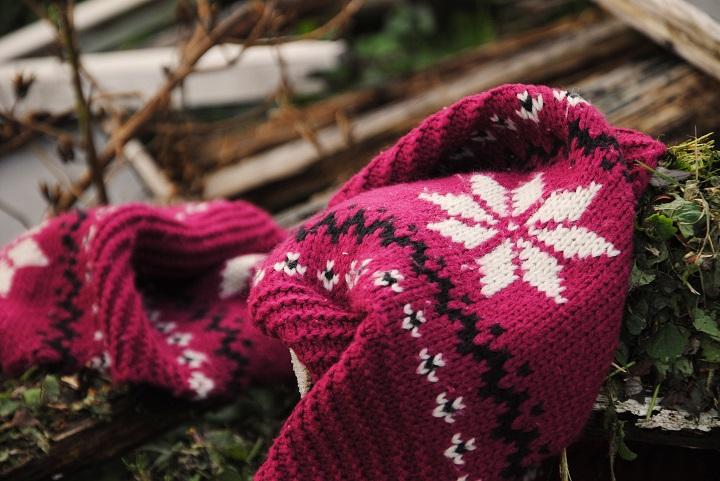 bordeauxrode sjaal