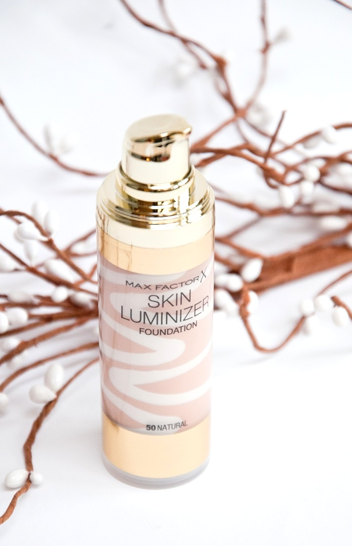 max factor skin luminizer foundation-001