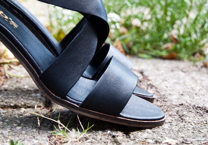 leren sandaaltjes