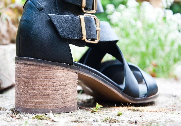 sandaaltjes blokhak