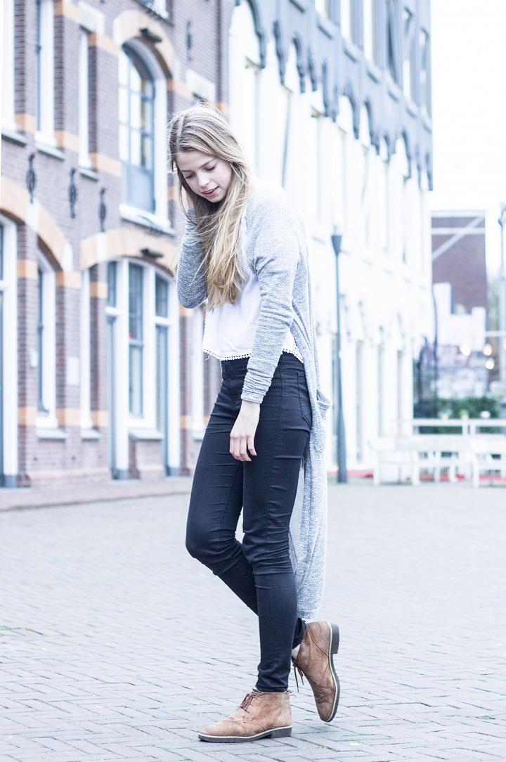 outfit lang grijs vest