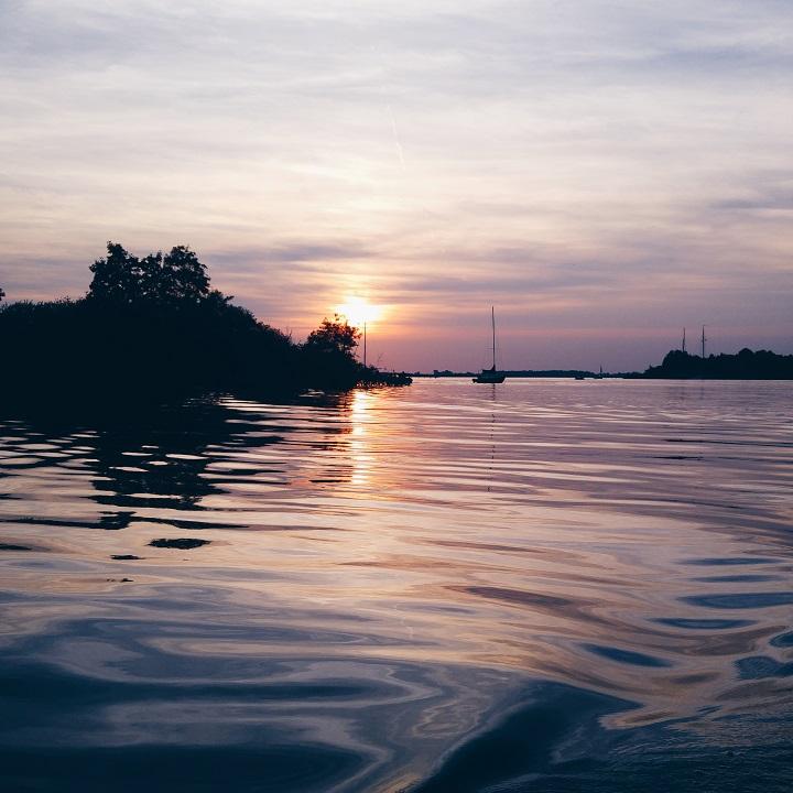 zonsondergang-water