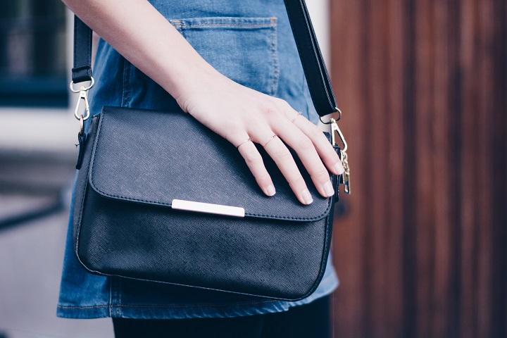 classy-zwart-schoudertasje