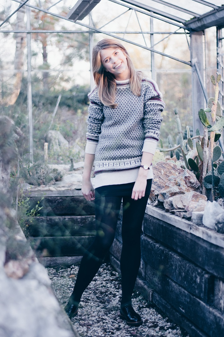 outfit-sweater